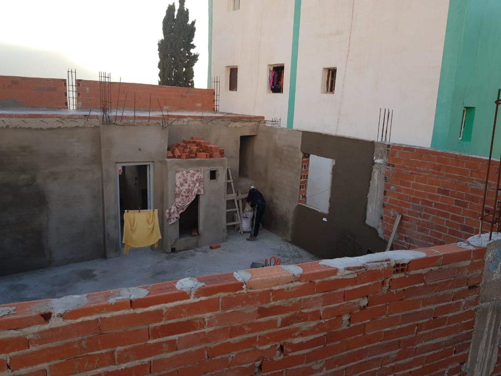 سكان حومة الجنان بجبل درسة يحذرون من تناسل البناء العشوائي